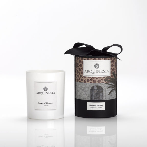 Scent of history candle